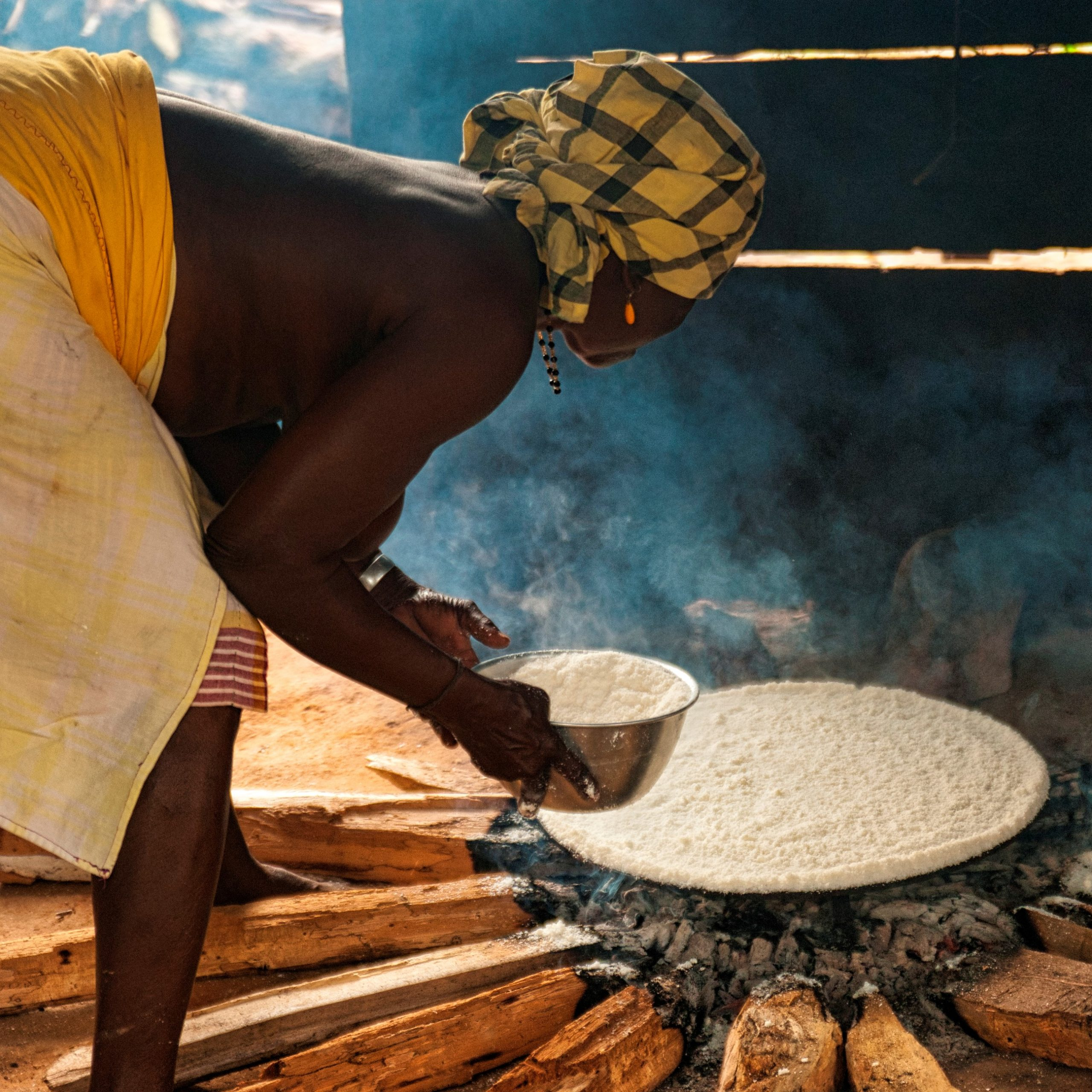 baking cassava bread
